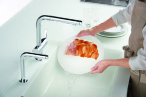 パッと洗い流せる幅広シャワー TOTO